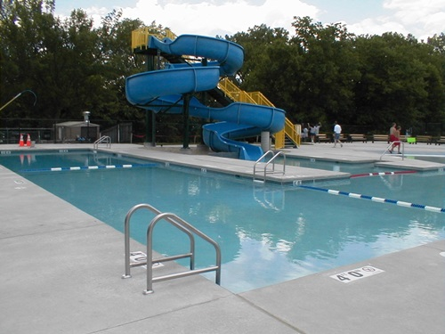 How To Clean And Maintain Your Outdoor Swimming Pool