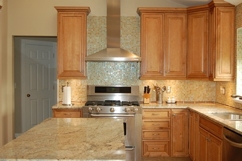Important Factors to Choose the Best Kitchen Cabinet