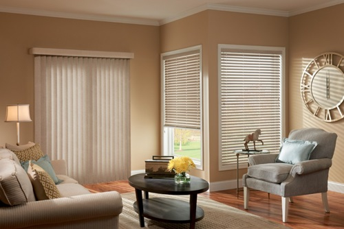 the 4 basics of choosing your living rooms blinds and curtains interior design. Black Bedroom Furniture Sets. Home Design Ideas