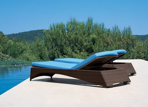 5 Great Tips for Having the Perfect Outdoor Relaxing Chaise Lounges