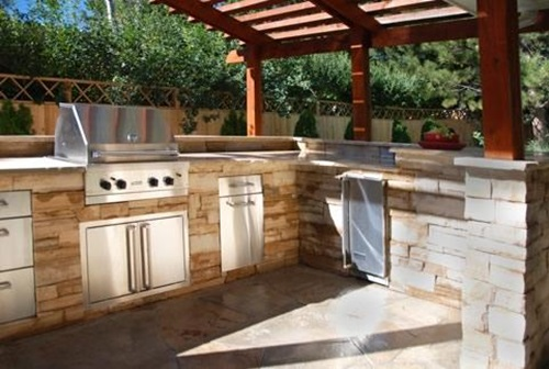 Become one with Nature with a Fabulous Electrolux Modern Outdoor Kitchen
