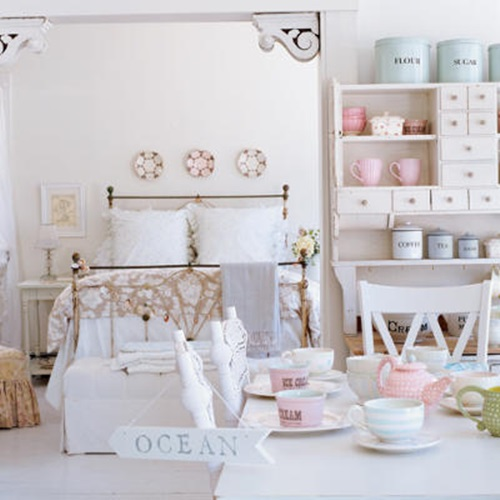 Make Your Old Room Stunning in 10 Steps with Shabby Chic Décor