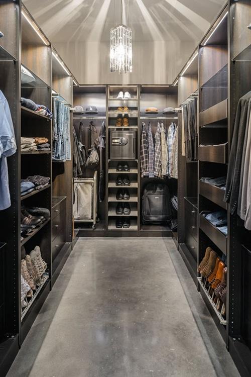 Cool Masculine Walk-in Closet Ideas
