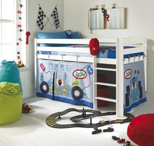 Creative ways to add fun to your kids 39 bedroom interior for Ways to design your bedroom