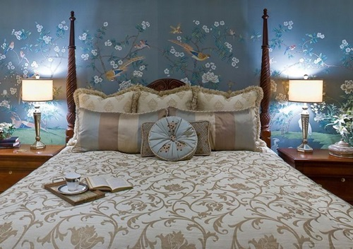 Inviting romantic bedroom decorating ideas interior design for Mural art designs for bedroom