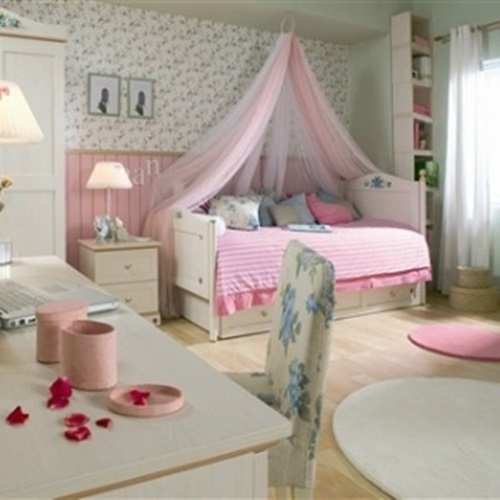 cute toddler girl bedroom decorating ideas interior design. Black Bedroom Furniture Sets. Home Design Ideas