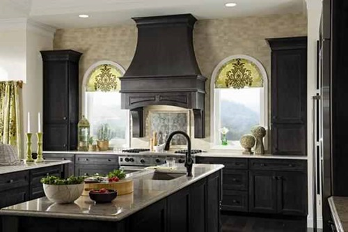 Cabinet Designs For A Warm Traditional Kitchen Interior Design
