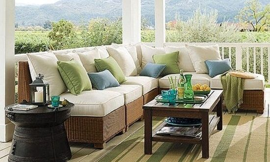 How to Select a Suitable Outdoor Summer Rug
