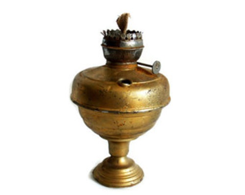 Impressive Functional Antique Items to Add Charm to Your Traditional Home