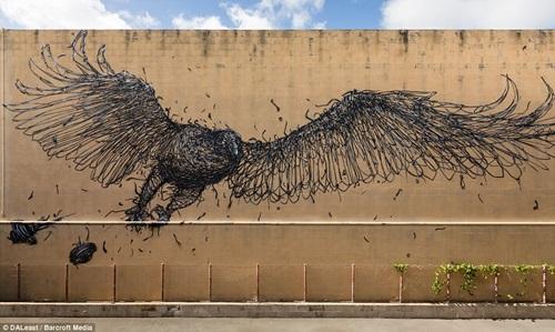Unusual and Astonishing Wall Murals Made around the World