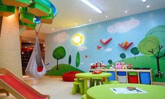 A great way to decorate your kid's room by colorful Wallpaper