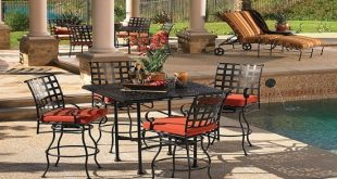 Have elegant and classic wrought iron outdoor furniture