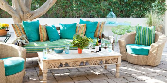 outdoor area suitable coffee table