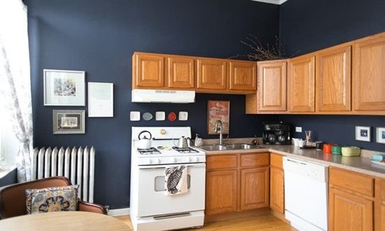 Get a perfect table to enhance your kitchen look