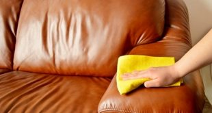 How to Remove the Musty Smell from Wood Furniture with useful tips