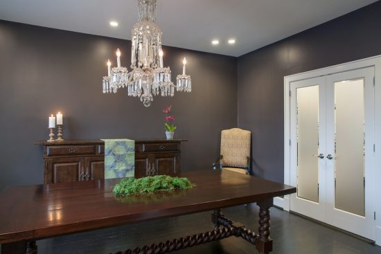 Modern Accent Color Touches to Provide Your Home a Breathtaking Look Inspired from Art Design Build