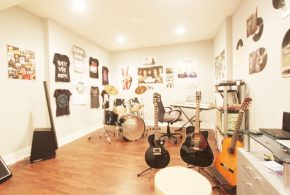 Multi-room music system for joyful entertaining homely life