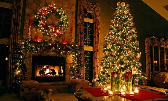 Feel the Christmas spirit inside your bedroom by few creative decorations