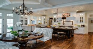 Relaxing Vacation Home Features from Andrea Bartholick Pace Interior Design