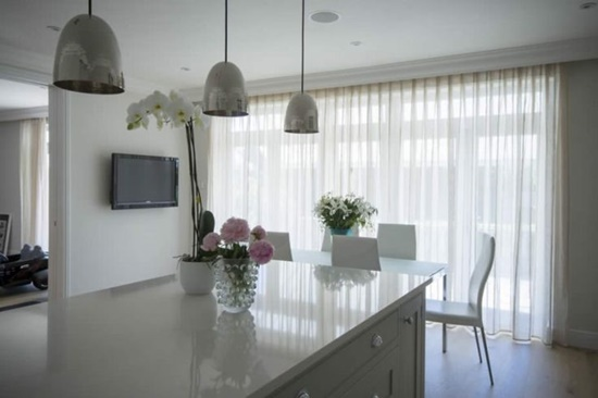 Attractive curtains to add value to modern and interior homes ...