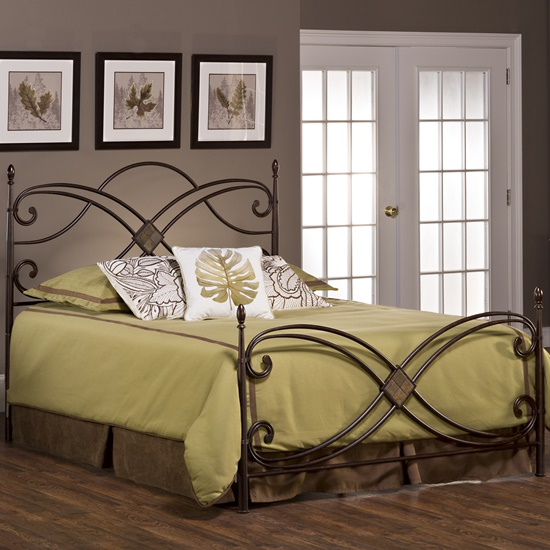 Combine elegance of modernity with the beauty of classical era by Sculpted Bedroom Furniture