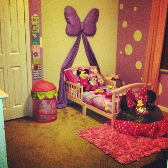 Get some cool design ideas for your little princess for Little princess room