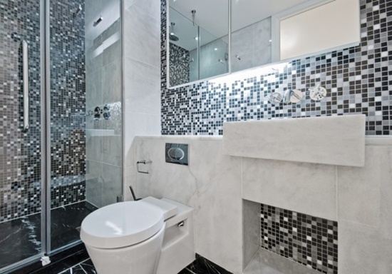 Stylish Decorating Ideas Using Mosaic Glass Tiles