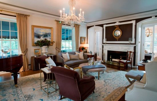 Helpful Tips to Combine Features of Different Styles in Your Living Room Inspired from Susan Bednar Long's Projects