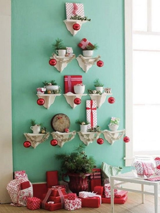 Add a festive cheer to your kid's room with Christmas decorations