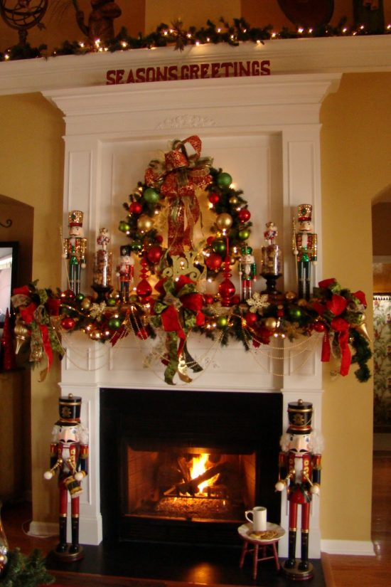 Christmas fireplace decorations this year for more elegant and warmer holiday
