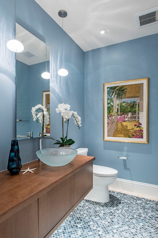 bathroom decorating ideas and designs Remodels Photos 41 West Naples Florida United States beach-style-bathroom
