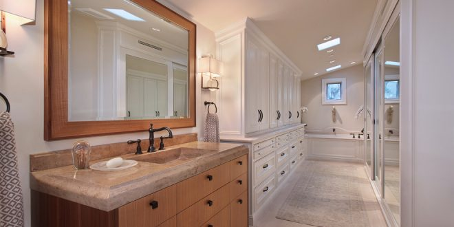 bathroom decorating ideas and designs Remodels Photos Anders Lasater Architects Laguna BeachCalifornia United States traditional-bathroom