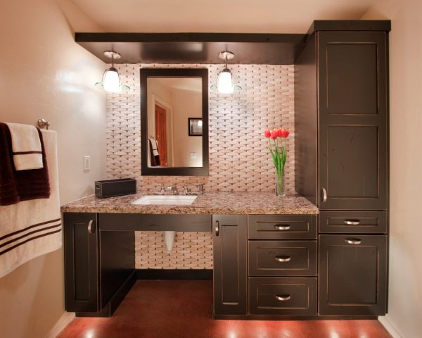 bathroom decorating ideas and designs Remodels Photos Arizona Designs Kitchens and Baths Tucson Arizona United States traditional-bathroom-017