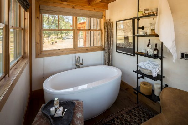 bathroom decorating ideas and designs Remodels Photos ashley campbell interior design Denver Colorado United States rustic-bathroom-002
