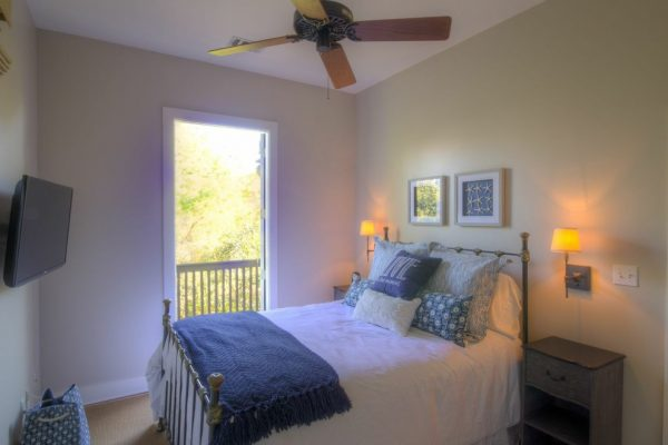 bedroom decorating ideas and designs Remodels Photos 30A Interiors Santa Rosa Beach Florida United States beach-style-bedroom-003