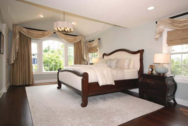 bedroom decorating ideas and designs Remodels Photos AMI Designs Huntington New York United States traditional-bedroom-003