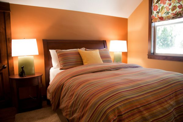 bedroom decorating ideas and designs Remodels Photos Amy Troute Inspired Interior Design Portland Oregon United States traditional-bedroom-002