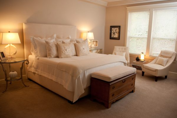 bedroom decorating ideas and designs Remodels Photos Amy Troute Inspired Interior Design Portland Oregon United States traditional-bedroom-004
