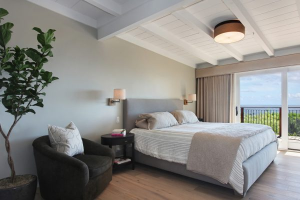 bedroom decorating ideas and designs Remodels Photos Anders Lasater Architects Laguna BeachCalifornia United States beach-style-bedroom