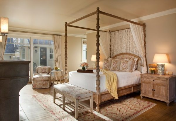 bedroom decorating ideas and designs Remodels Photos Andrea Bartholick Pace Interior Design Carmel-by-the-Sea farmhouse-bedroom