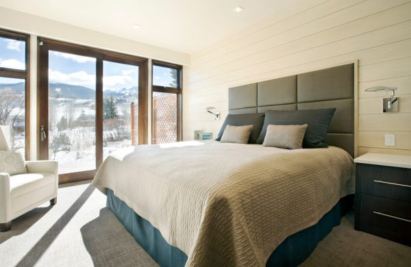 bedroom decorating ideas and designs Remodels Photos Anne Grice Interiors Aspen Colorado united states contemporary-bedroom-002
