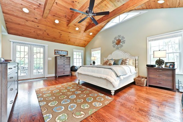 bedroom decorating ideas and designs Remodels Photos Arlington Construction Management  Arlington Virginia United States traditional-bedroom-007