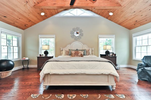 bedroom decorating ideas and designs Remodels Photos Arlington Construction Management  Arlington Virginia United States traditional-bedroom-010
