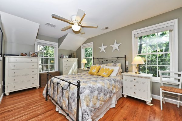 bedroom decorating ideas and designs Remodels Photos Arlington Construction Management  Arlington Virginia United States traditional-bedroom-014