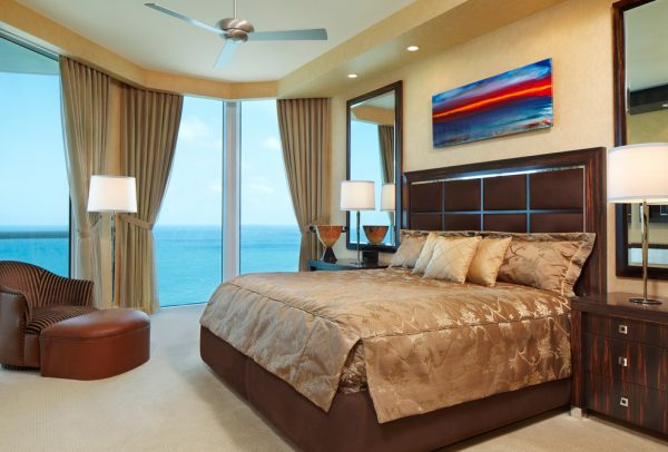 bedroom decorating ideas and designs Remodels Photos Arnold Schulman Design GroupMiami Florida United States contemporary-bedroom-004