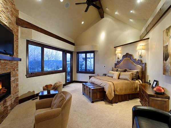 bedroom decorating ideas and designs Remodels Photos Arnold Schulman Design GroupMiami Florida United States rustic-bedroom-002