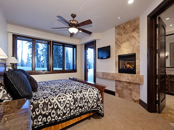 bedroom decorating ideas and designs Remodels Photos Arnold Schulman Design GroupMiami Florida United States rustic-bedroom-003