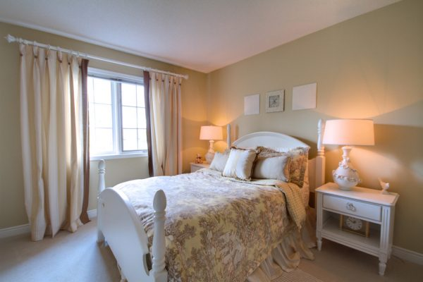 bedroom decorating ideas and designs Remodels Photos Avalon Interiors Thornhill Ontario Canada traditional-bedroom-002