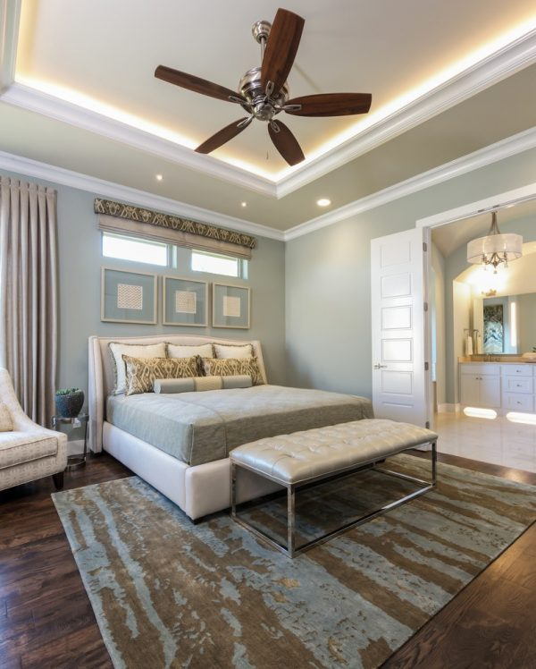 bedroom decorating ideas and designs Remodels Photos Barbara Gilbert Interiors Dallas Texas United States contemporary-bedroom