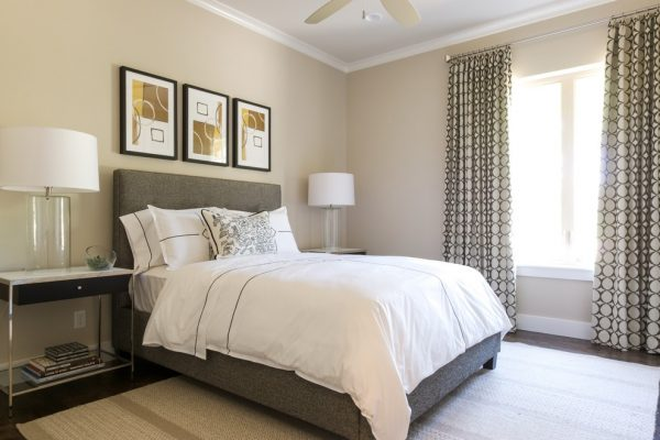 bedroom decorating ideas and designs Remodels Photos Barbara Gilbert Interiors Dallas Texas United States transitional-bedroom